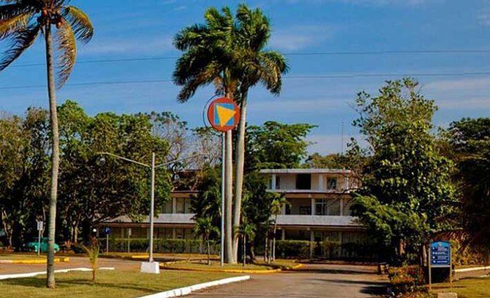Escuela Internacional de Cine y Television